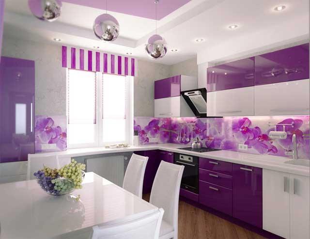 Фиолетово-белый кухонный гарнитур
