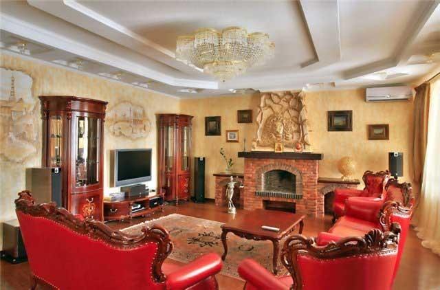 Стиль барокко в интерьере загородной гостиной
