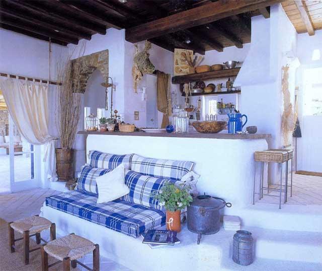 Голубой цвет в интерьере дачного дома