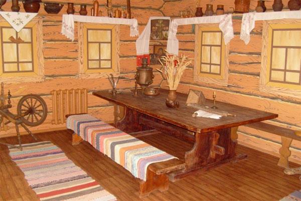 Стол - важный элемент мебели в доме