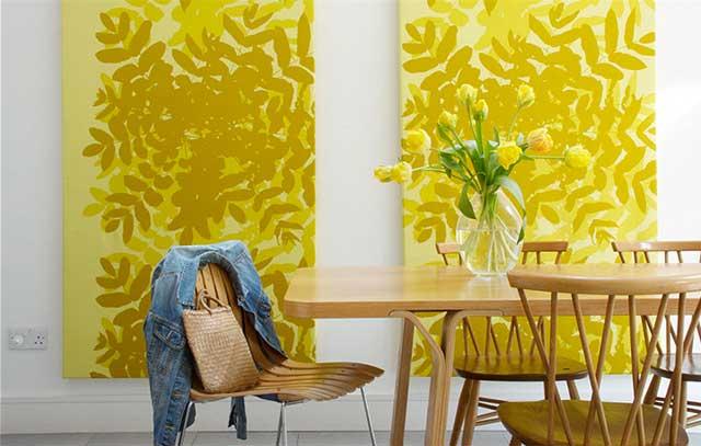Яркие желтые элементы в дизайне жилого помещения