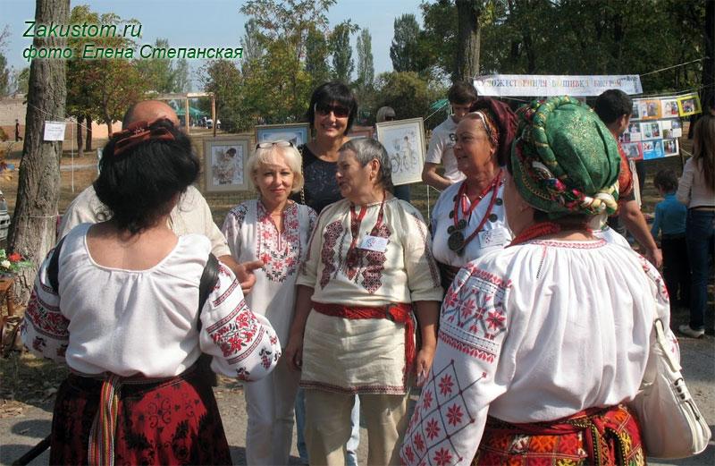 Славянское обереги в вышивке