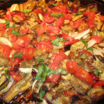 Баклажаны с болгарским перцем и помидорами