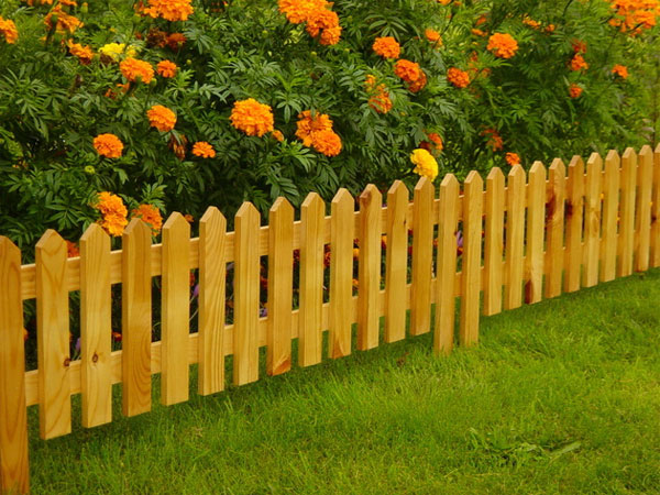 Заборчик для цветов на даче своими руками