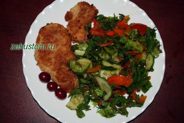 Мясо с салатом