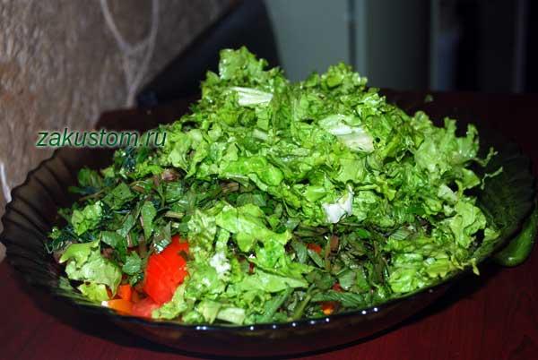 Салат дачный весенний - рецепт приготовления