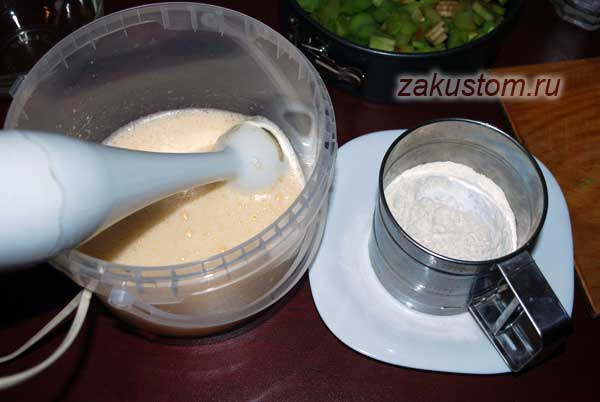 Как приготовить тесто для шарлотки